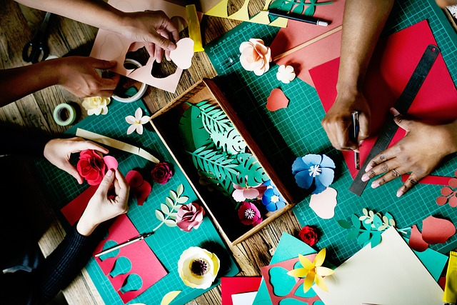 Crafts Arts Flowers Handicrafts Working Lifestyle
